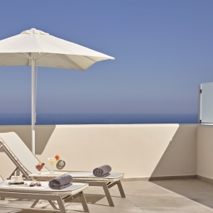 Aliter Suites - Luxurious Accommodation in Santorini